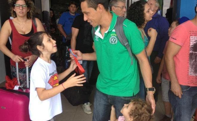 Família dos jogadores da Chapecoense recepcionam líderes do catarinense 2016