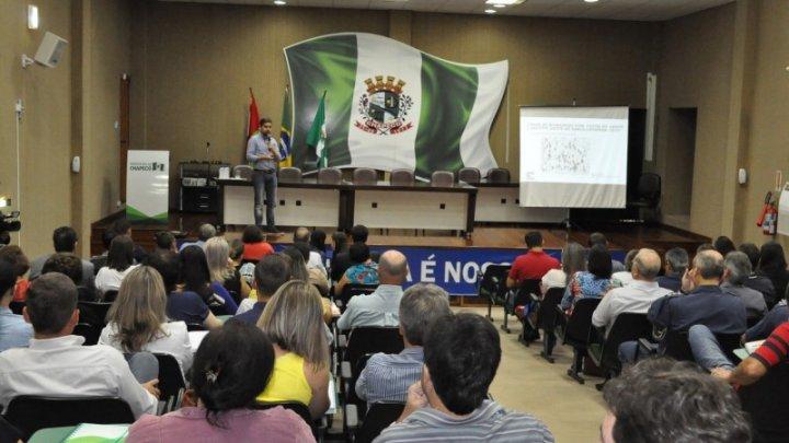 Encontro de Chapecó discute formas de combater mosquito Aedes aegypti