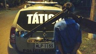 Após disparos PPT prende homem com arma furtada