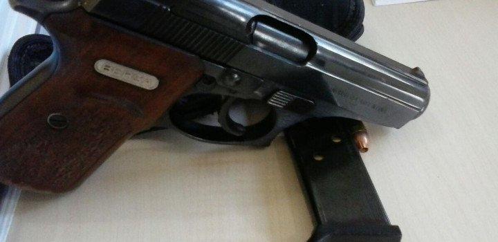 Polícia Civil prende homem com arma de fogo em Águas e Cunhataí