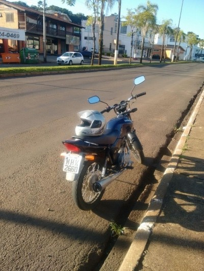 Homem alega ter comprado moto sem saber que era furtada bairro Palmital