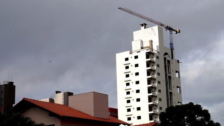 Chapecó está entre os municípios que mais contratam no país