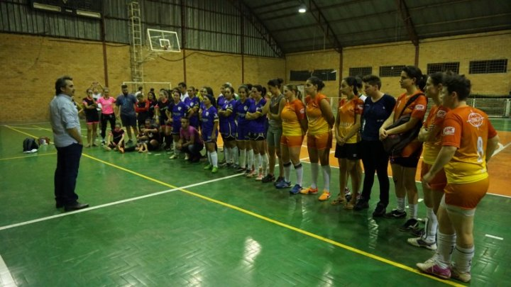 JAIC: Futsal Feminino e Master Masculino conhecem campeões