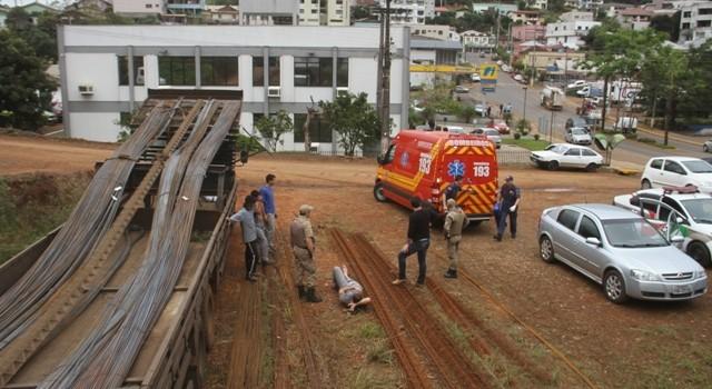 Trabalhador de Chapecó sofre queda em Seara