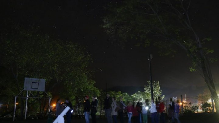 De olho no céu: alunos se preparam para a OBA
