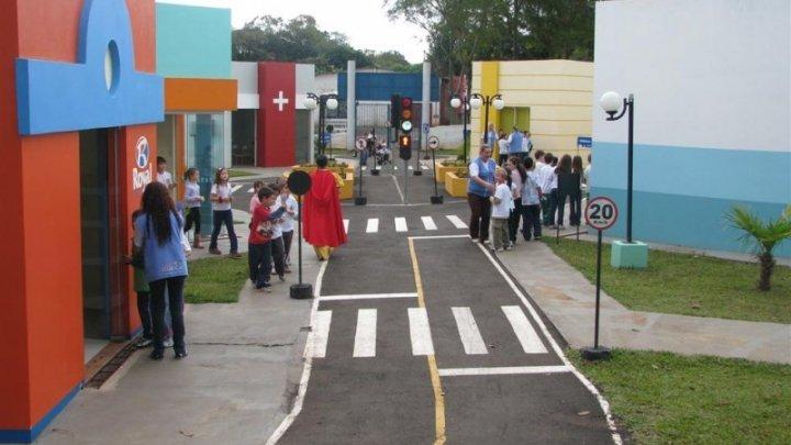 Público infantil pode conhecer projeto Chapecó Criança no Shopping Pátio Chapecó