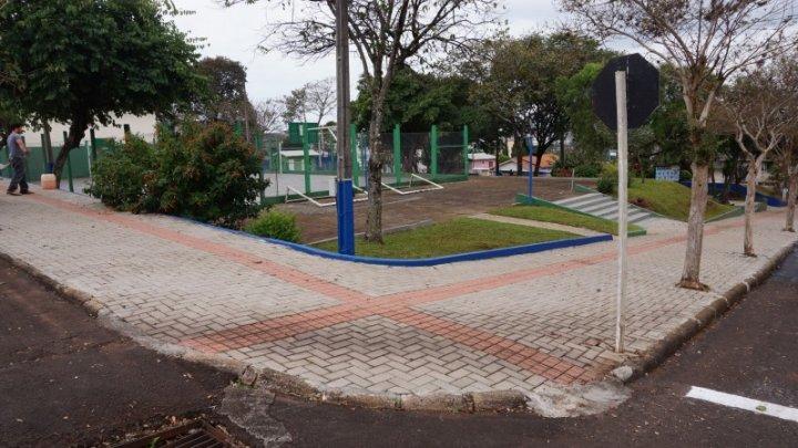 Moradores do bairro São Cristóvão recebem praça revitalizada neste sábado