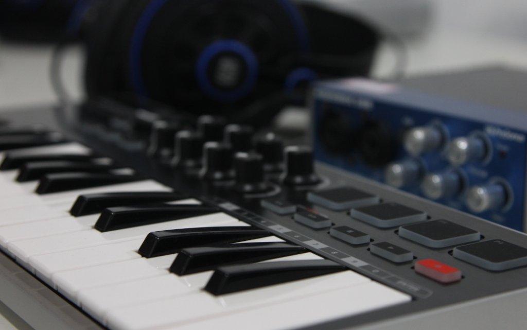 Ossia Centro Musical inicia semestre com dois cursos inéditos na Capital
