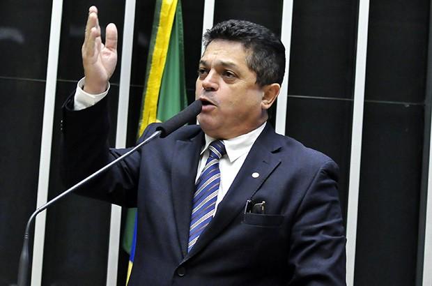 NEGADO PEDIDO DE TRABALHO AO DEPUTADO JOÃO RODRIGUES