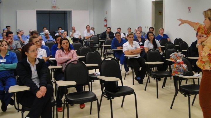 Prevenção de acidentes foi tema de palestra na SIPAT do Hospital Regional