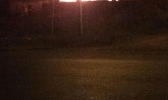 Incêndio destrói casa em Chapecó