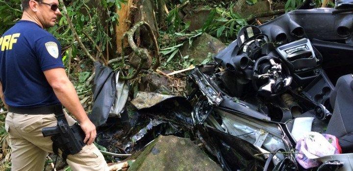 Homem de 32 anos morre em capotamento na BR 158