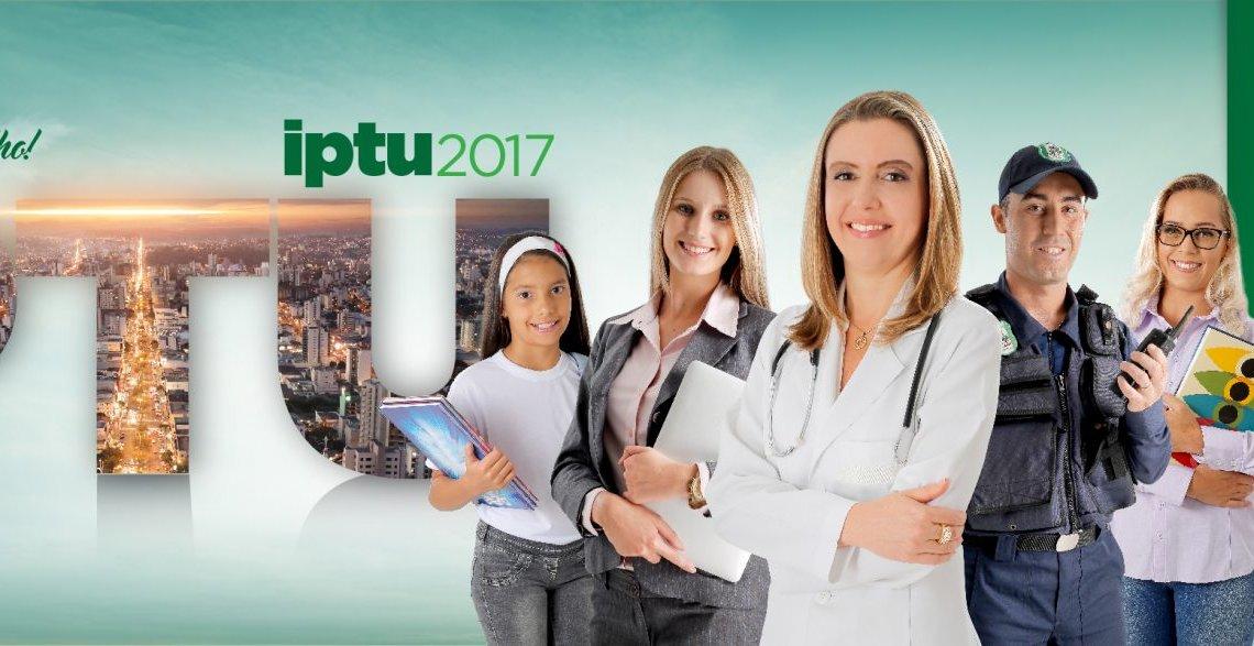 Carnês do IPTU são entregues em Chapecó