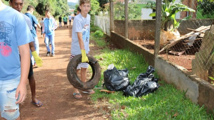 Escola mobilizada contra o mosquito