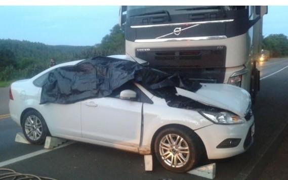 Duas pessoas morrem em grave acidente de trânsito na BR-153