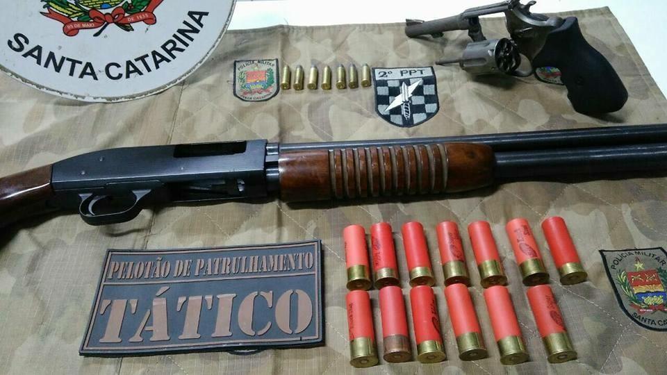 Polícia prende suspeitos de assalto à casa de advogado em Chapecó