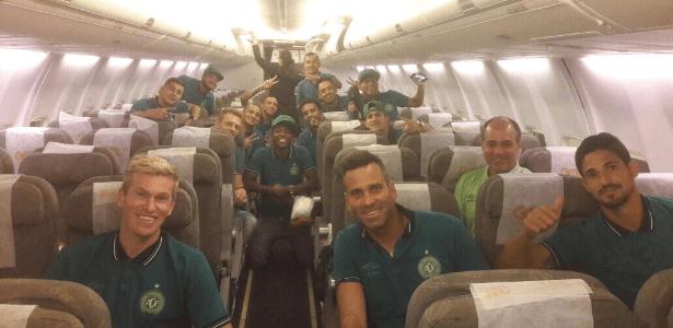 Chapecoense inicia sua primeira viagem internacional após tragédia aérea