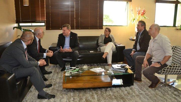 Embaixador e Cônsul da Colômbia visitam Chapecó