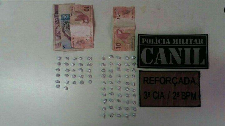 Chapecó – PM apreende 111 pedras de crack e quatro adolescentes por tráfico