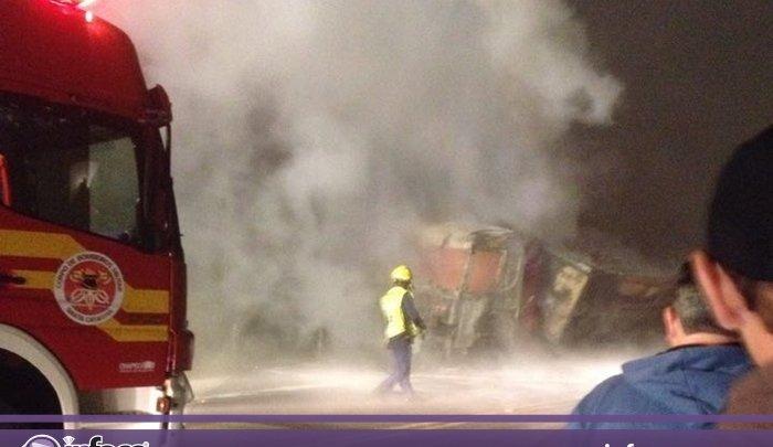 Caminhão incendeia e interdita por mais de 2h SC 480 em Chapecó