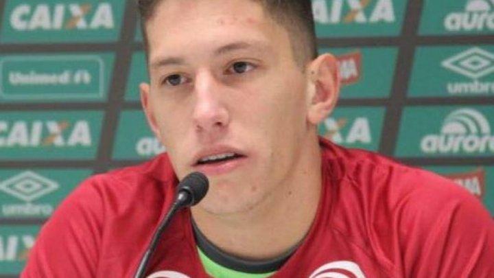 Chapecoense rescinde contrato com Follmann, mas ex-goleiro segue no clube