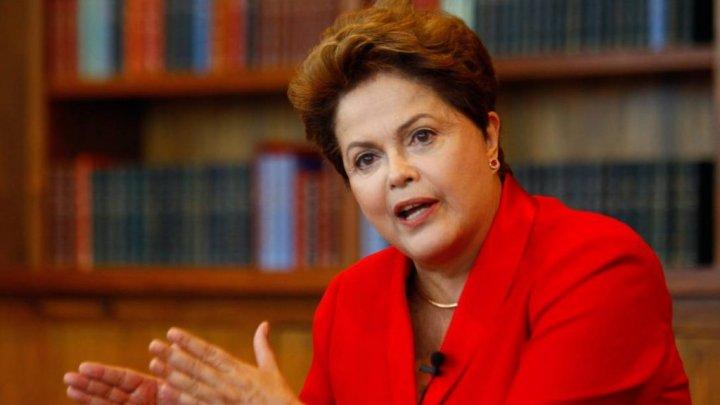DILMA ROUSSEF MINISTRARÁ AULAS EM CURSO DE PÓS-GRADUAÇÃO
