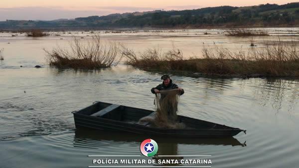 Policia militar ambiental realiza operação náutica na Bacia do Rio Uruguai