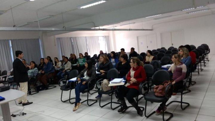 Prefeitura inicia curso introdutório para agentes de saúde e endemias