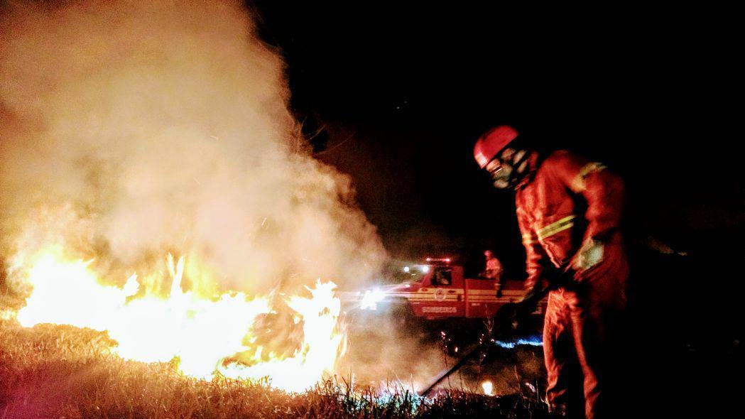 Corpo de Bombeiros atende 12 incêndios em um dia em Chapecó
