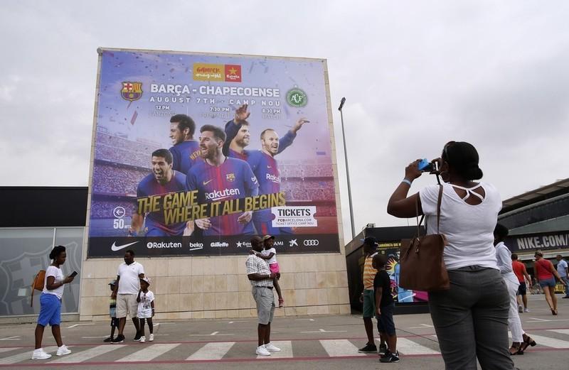 Com Neymar b92e2b8b921ed