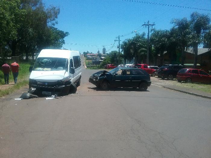 Motorista embriagado provoca acidente em Chapecó