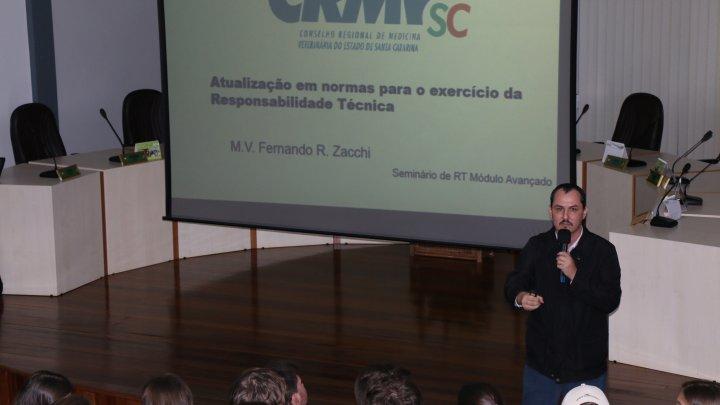 Chapecó sedia evento gratuito e obrigatório para Médicos Veterinários e Zootecnistas