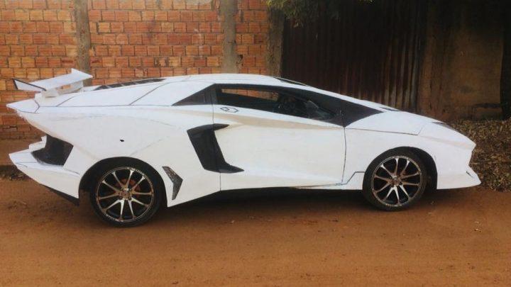 Apaixonado por carros, mecânico transforma Uno em Lamborghini