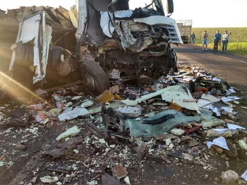 Caminhoneiro de Chapecó se envolve em acidente com vítima fatal
