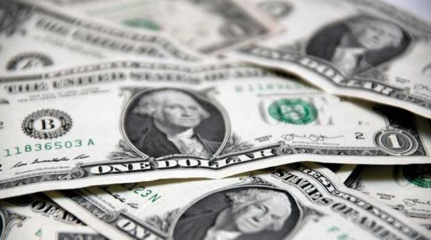 Dólar fecha em alta pelo sexto pregão consecutivo e atinge R$ 4,055