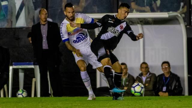 Chapecoense perde para o Vasco e entra perigosamente no Z4