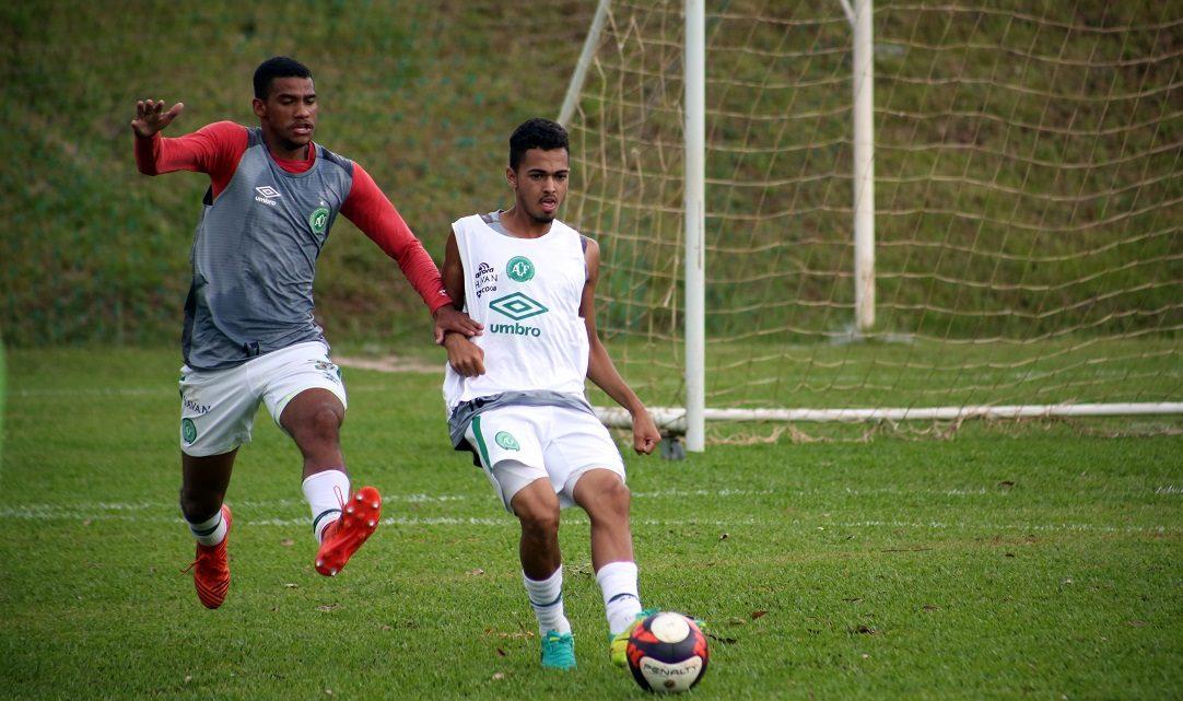 Chape segue preparação para a Copa São Paulo de Juniores