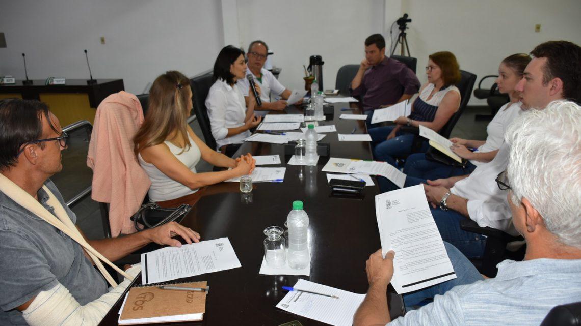 Reunião de Trabalho discute proibição de canudos plásticos em Chapecó