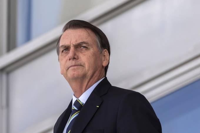Governo Bolsonaro corta 21 mil cargos e gratificações e estima economia de R$ 195 mi