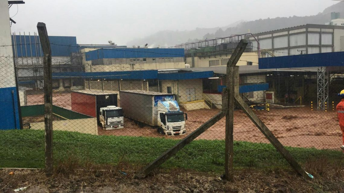 Chuva causa estragos em Seara