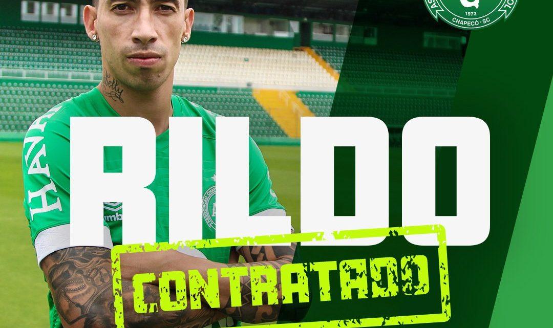 Atacante Rildo é anunciado na Chapecoense