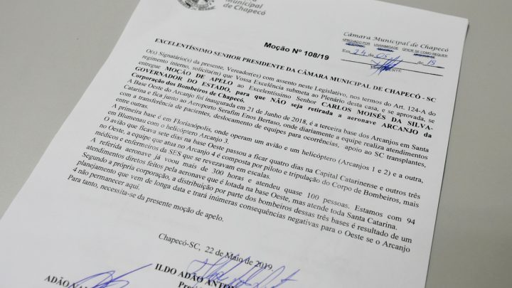 Vereadores de Chapecó apelam por permanência da aeronave Arcanjo