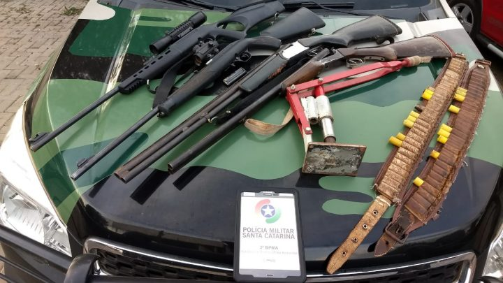 Homens são detidos por caça ilegal e posse armas de fogo no interior de Guatambu