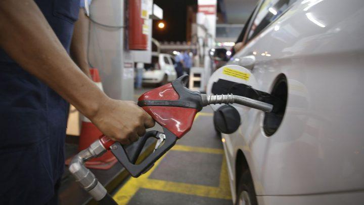 Gasolina e diesel tem nova baixa