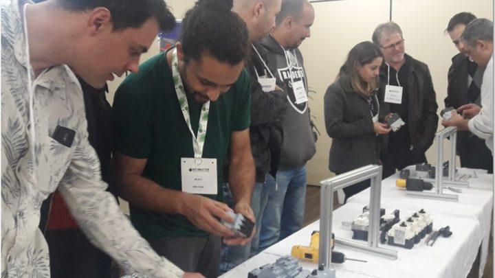 Workshop apresenta novas tendências em botões e conexões para a Indústria 4.0