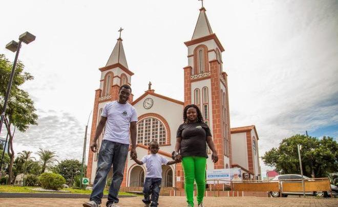 MPSC obtém isenção de tradução juramentada para imigrantes sem condições financeiras em Chapecó