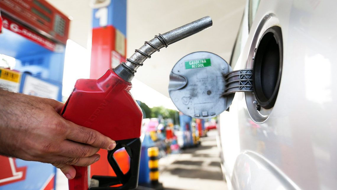 Petrobras reduz preço da gasolina e diesel