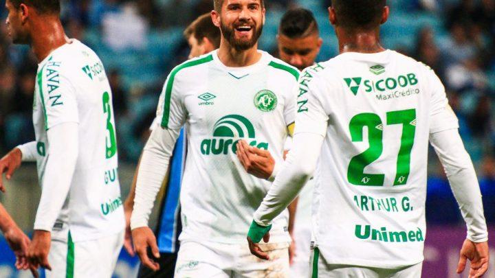 Aguerrida, Chape conquista empate diante do Grêmio em Porto Alegre
