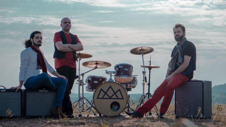 A banda Carlota Joaquina apresenta novo clipe em evento especial