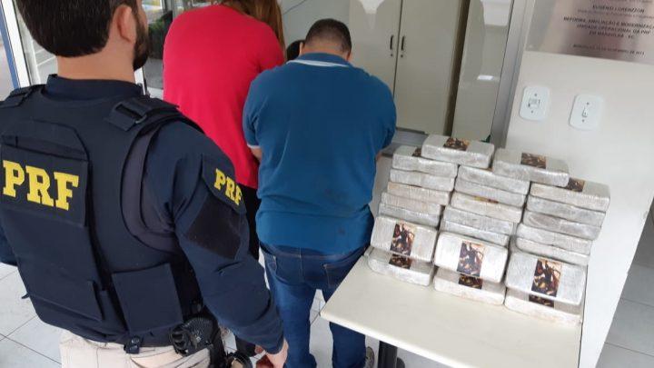 PRF apreende 33 quilos de crack escondidos em carro na BR-282 em Iraceminha